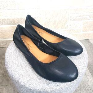 FALLS CREEK Ballet Flats Black Size 8